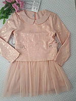 Очень красивое платье для девочки, цвет персик на 134 см.(Польша)