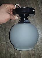 Потолочный светильник шарик на одну лампочку плафон полушар черный цвет, фото 1