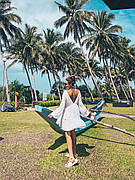 Пляжное платье-сарафан с длинными рукавами