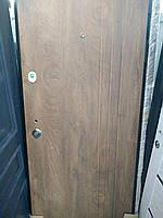 """Двери входные квартирные Каскад """"Трио"""" 85 мм спил дерева коньячный / спил дерева ячмень МДФ / МДФ 860 * 2050 П"""