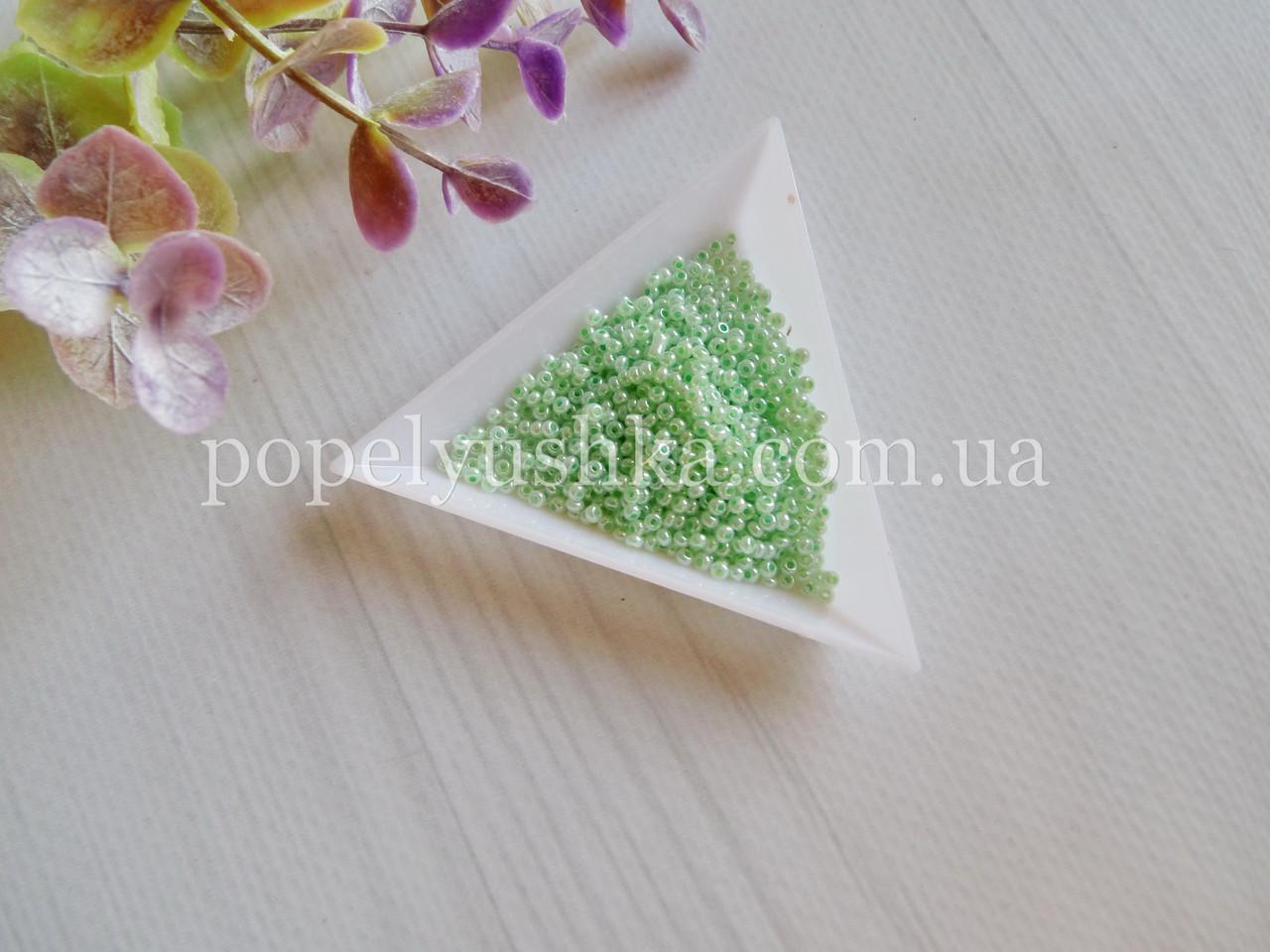 Бісер чеський Оливково-Зелений (прозорий) (10 г)