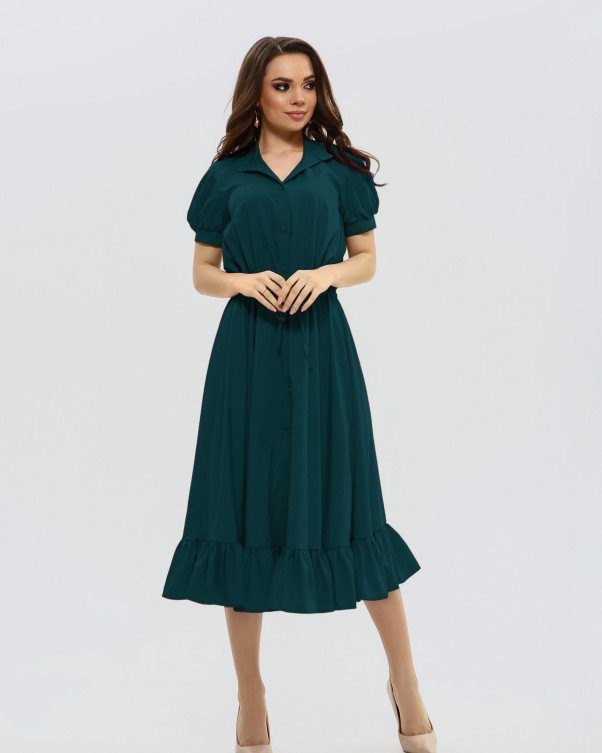 Зеленое приталенное платье на кулиске