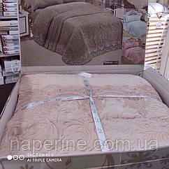 Постельное белье и плед с  французским кружевом евро размер розовый