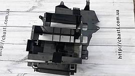 Рамка крепление чейнджера навигации домкрата пассат б5 универсал passat b5 variant 3B9035112D