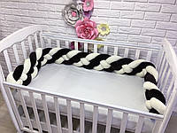 Бортик косичка в детскую кроватку, молочный+черный шоколад