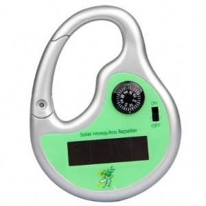 Брелок для защиты от комаров с компасом