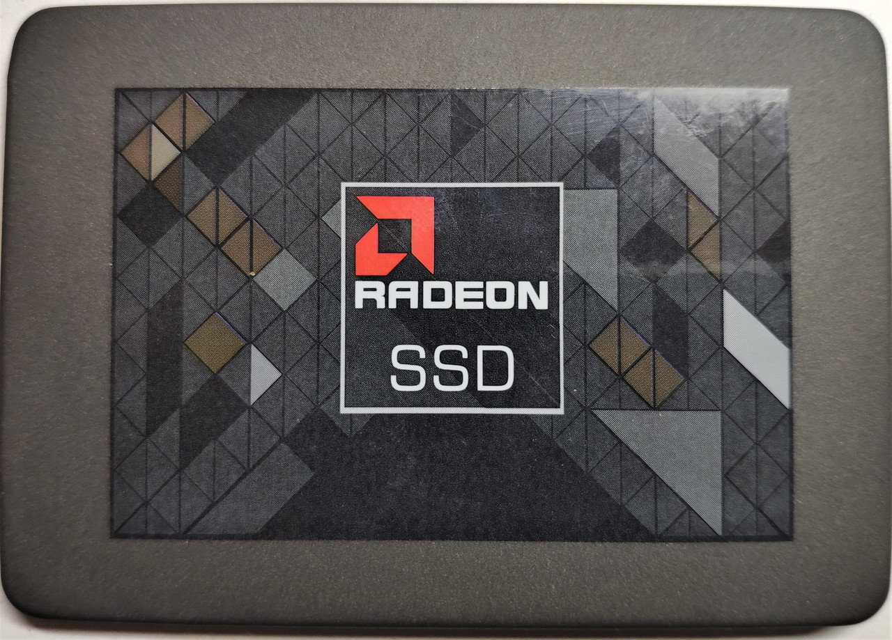 Накопитель SSD 120GB SATA III TLC 2.5 AMD Radeon R3 R3SL120G