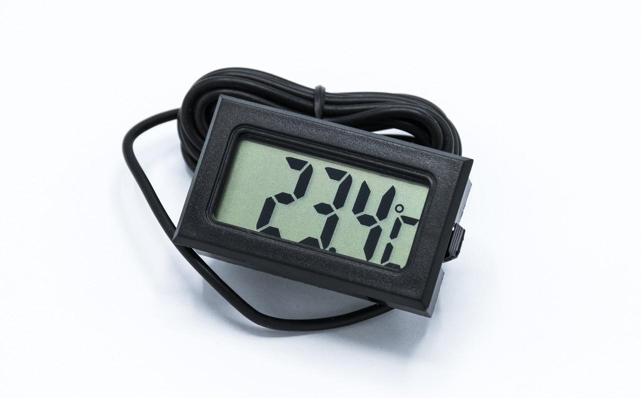 Автомобильный цифровой термометр с выносным датчиком (ЖК LCD)