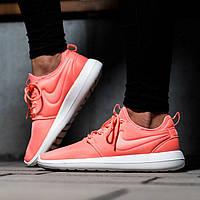 Женские кроссовки Nike Roshe Two