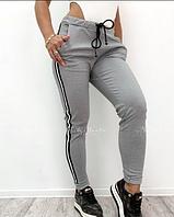 Женские стильные утепленные штаны с лампасами, фото 1
