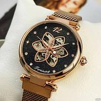 Женские наручные часы магнитный ремешок золотого цвета с камнями розовое золото Forsining 1171 Cuprum-Black