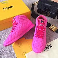 Фантастические женские кроссовки Fendi Nicki Minaj