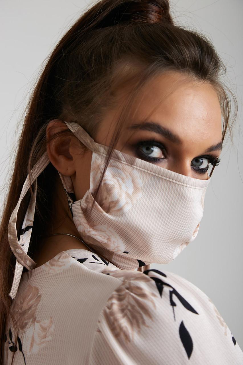 Дизайнерская защитная маска молочного цвета 5.4064