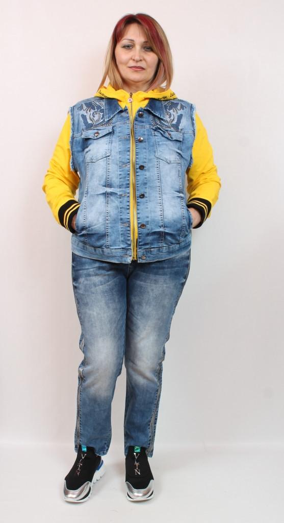 Турецкая женская джинсовая куртка - бомбер, размеры 50-56