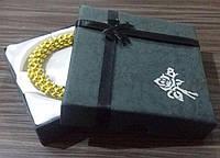 Коробка подарочная квадратная Черная для браслета с атласной мягкой вкладкой 8.5x8.5x2 см