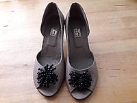 Женские кожаные туфли с открытым носком, размер 37 (длина 24 см), черные и бежевые