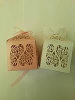 """Бонбоньерка """"2 Сердца"""" белый и розовый 5х5х8 см(код 04291)"""