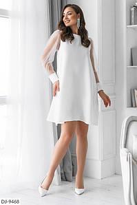 Платье с вырезом по спине, завязывается сзади на бант. Цвета: чёрный, белый, красный, марсала, изумруд.