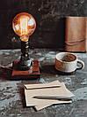 Маленька настільна лампа Pride&Joy Industrial із авто запчастин та дерева, фото 2