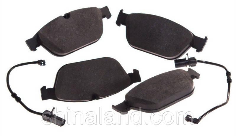 Тормозные колодки дисковые передние AUDI A8, Q5 2.0H-6.3 11.09- TRW OE 8R0698151F