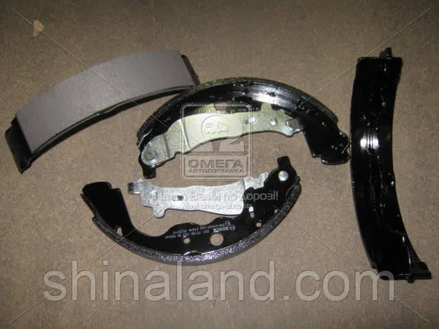 Тормозные колодки барабанные RENAULT DUSTER, SANDERO задние (Bosch) OE 6001549703