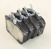 Тормозные колодки дисковые CITROEN/PEUGEOT BERLINGO/PARTNER/308 задние (Bosch) OE 1608520480