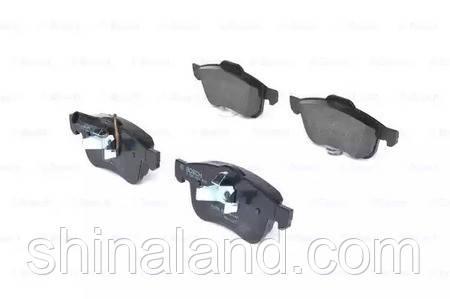 Тормозные колодки дисковые FIAT DOBLO 1.3D-2.0D 2010- передние (Bosch) OE 77365396