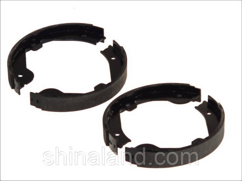 Тормозные колодки барабанные задние AUDI A7, Q7; LAND ROVER RANGE ROVER III; MERCEDES GL (X164), M (W164), R
