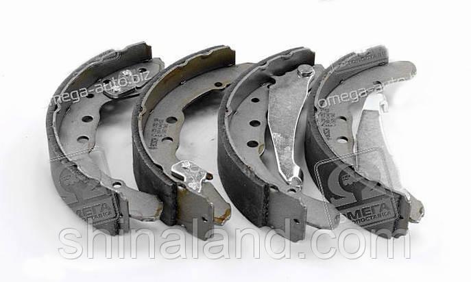 Тормозные колодки барабанные AUDI 100,VW PASSAT, задние (Bosch) OE 357609525C