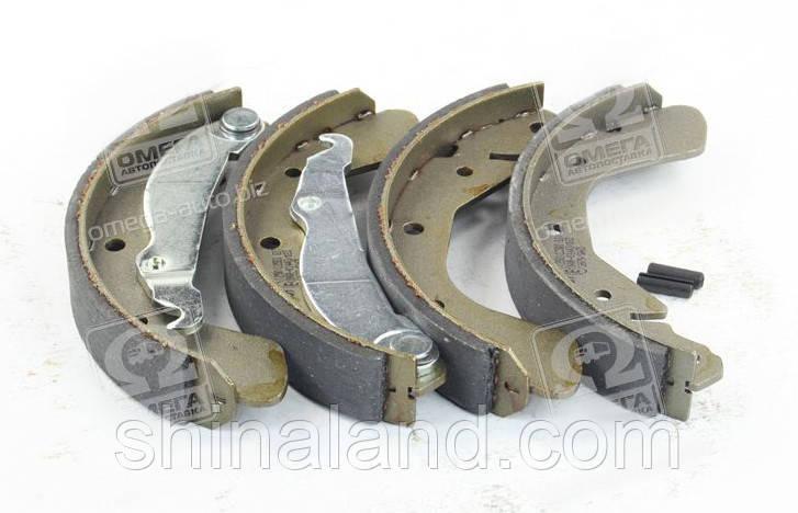 Тормозные колодки барабанные OPEL ASTRA/CORSA/TIGRA задние (Bosch) OE 1605811