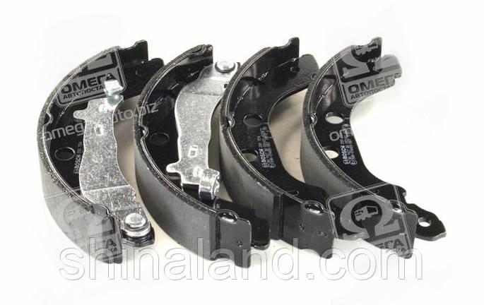 Тормозные колодки барабанные RENAULT KANGOO задние (Bosch) OE 440603J325