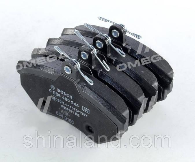 Тормозные колодки дисковые AUDI 80, VW CADDY, GOLF, PASSAT передние (Bosch) OE 357698151B