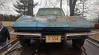 Редчайший Chevrolet Corvette нашли под горой мусора