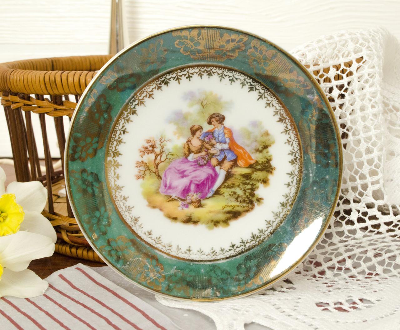 Коллекционная фарфоровая тарелочка с любовной сценой от J.P. Limonges, Франция