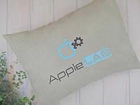 Подушка с вышивкой вашего логотипа, фото 2