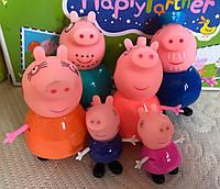 Игровой набор Семья Свинка Пеппа, Свинка Пеппа, Джордж, Папа Свин, Мама Свинка, Дедушка Свин, Бабушка Свинка