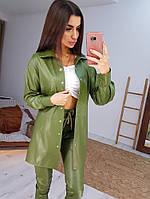 Зеленый трендовый костюм из эко-кожи