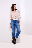 Женские молодежные джинсы МОМ синего цвета