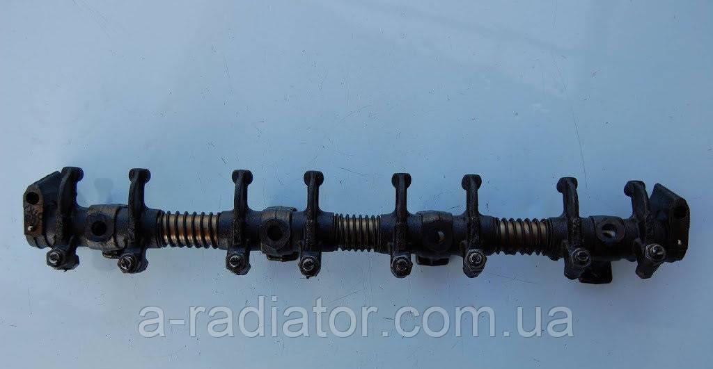 Вісь коромисел клапанів УАЗ 452,469 (31512),3160 без крайн. стійок (пр-во УМЗ)