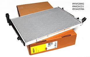 Радиатор охлаждения VW Caddy 1.9/2.0TDI (+/-AC) NRF (Нидерланды) 53814
