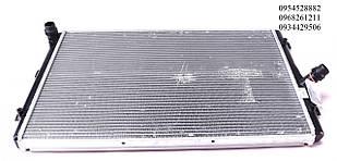 Радиатор охлаждения VW Caddy III 1.6/2.0TDI 10- (AT/+/- AC) NRF (Нидерланды) DSC_53425