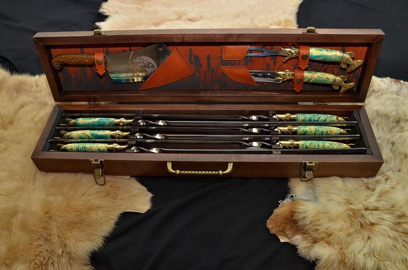 """Подарочный набор для рыбака: авторские шампура, рыбацкий нож, вилка, топорик """"Рыбак люкс"""""""