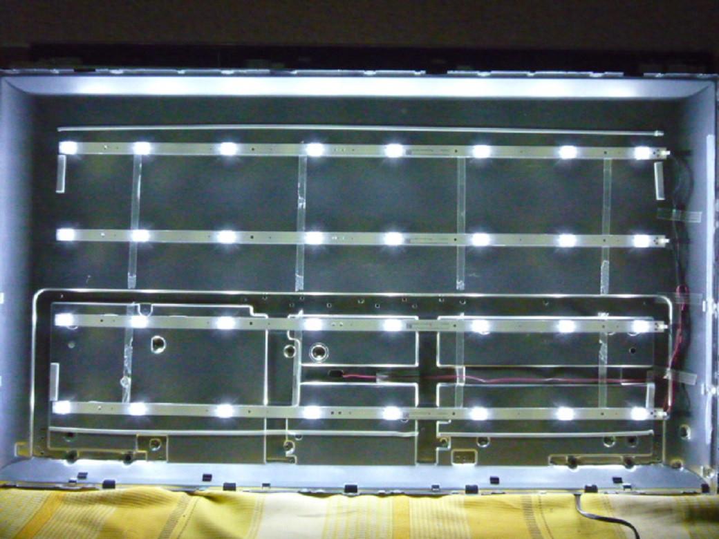 Світлодіодні LED-лінійки CRH-K43C800MN3030T0408867-REV1.2 (матриця CN430NC7200).