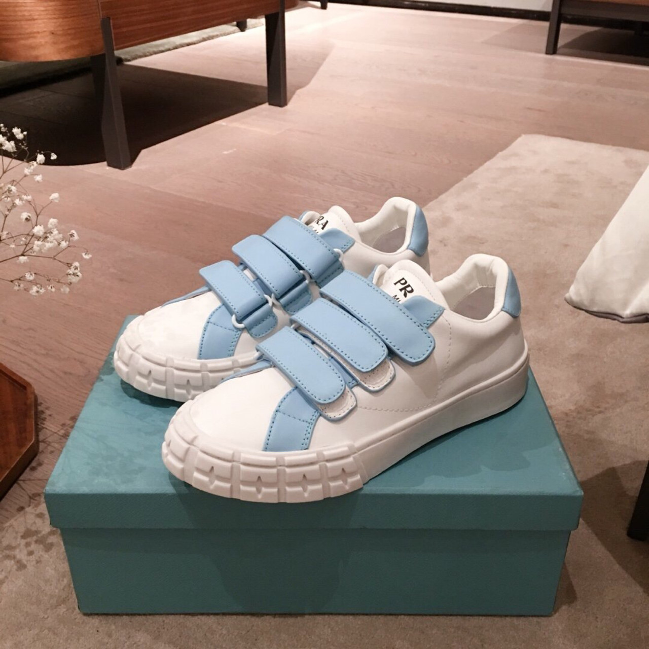Шкіряні кеди, кросівки Прада Leather Sneakers
