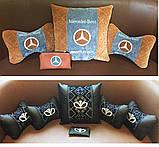 Подушки с логотипом в машину, госномером, подголовники автомобильные с вышивкой, фото 2