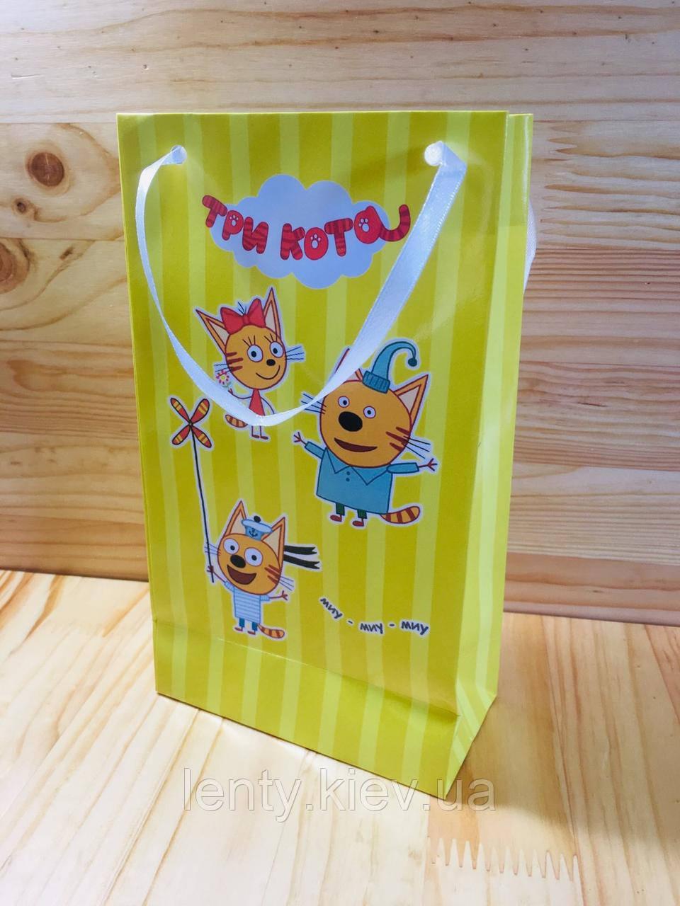 """Пакет бумажный """"Три кота"""" 21х12х6см-"""