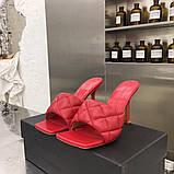 Шкіряні шльопанці, сандалі Боттега на підборах, фото 2