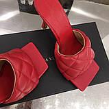 Кожаные шлепки, сандали Боттега на каблуке, фото 6
