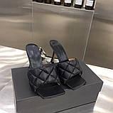 Шкіряні шльопанці, сандалі Боттега на підборах, фото 6