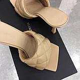 Шкіряні шльопанці, сандалі Боттега на підборах, фото 3
